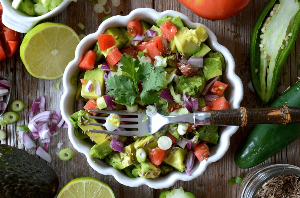 食物繊維は便秘解消に不可欠な成分!適切な量と摂取の仕方