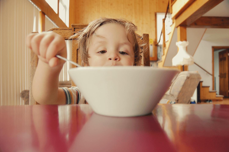 乳酸菌の成分や効果、適切な摂取量を知って便秘解消に役立てよう